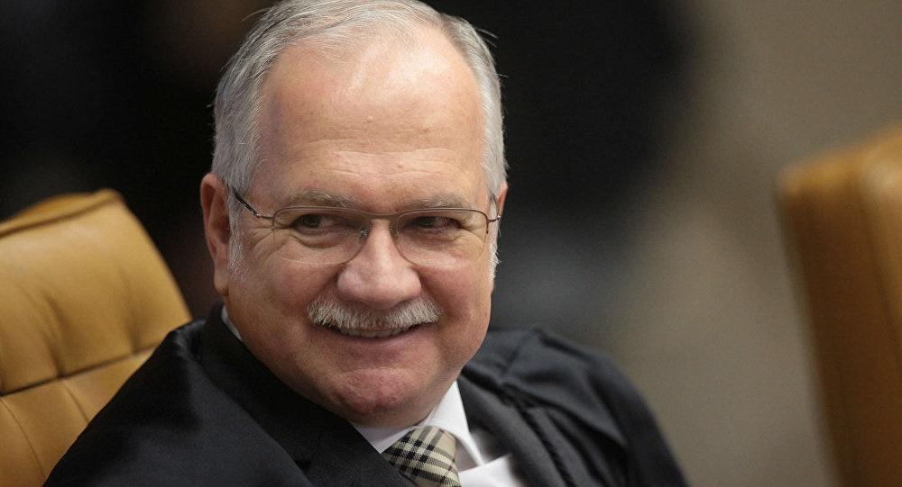 Fachin arquiva dois pedidos de Lula que alegavam suspeição de Sergio Moro