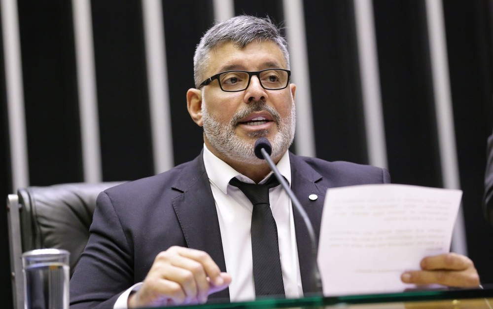 PSL expulsa deputado Alexandre Frota (SP)