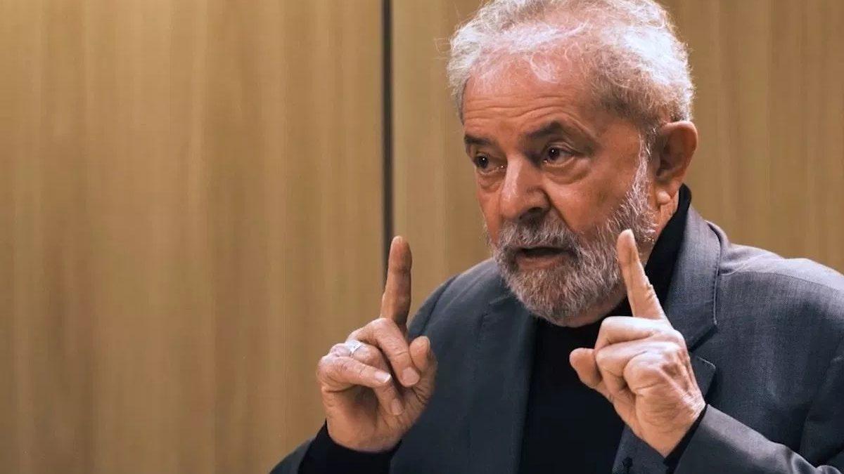 """""""Se o cara confessou que roubou, o cara é ladrão"""", diz Lula ao defender que Lava Jato fez coisas boas e não deve ser anulada"""