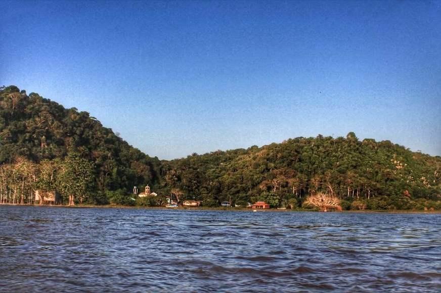 Amazonastur retoma ações para melhorar turismo na Serra da Valéria, em Parintins