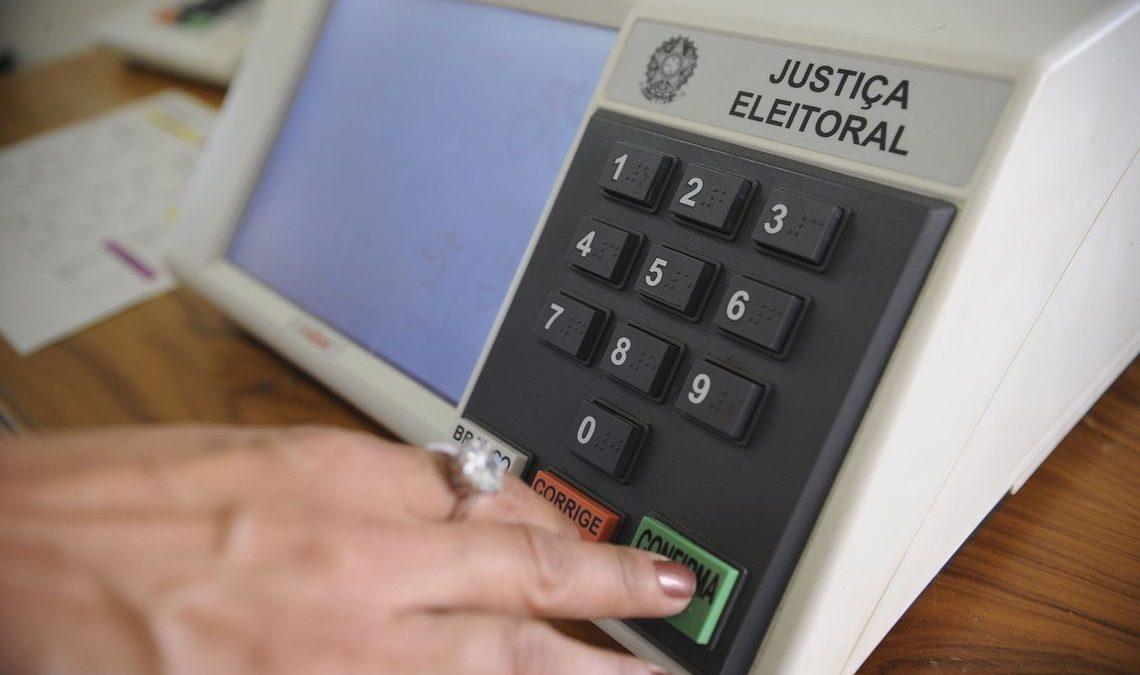 Mais de 80% dos brasileiros acreditam que fake news influenciaram eleição