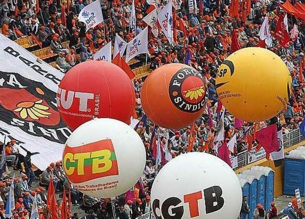 Centrais lançam Carta Aberta ao povo brasileiro contra política econômica