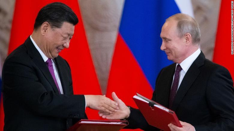 Rússia ajuda a China a construir novo sistema de defesa antimísseis, diz Putin