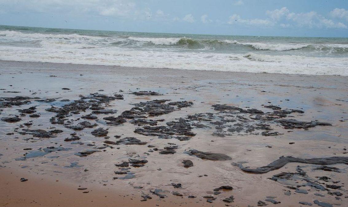 Sergipe é segundo estado em situação de emergência por mancha de óleo