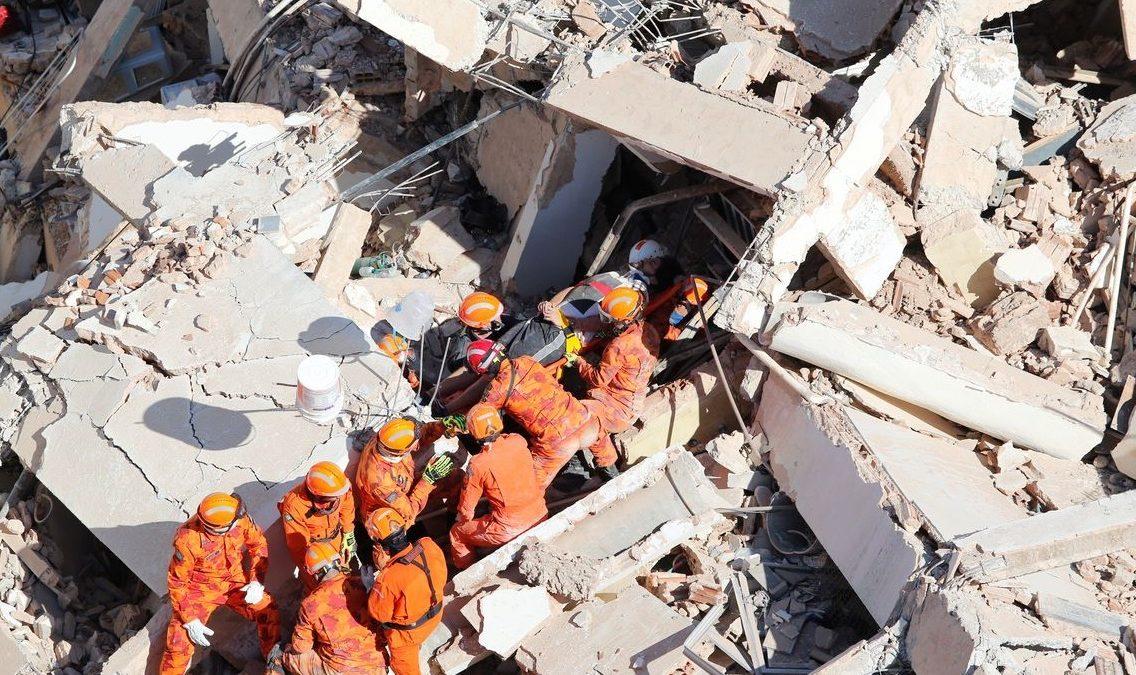 Governo do Ceará não confirma morte em prédio que desabou