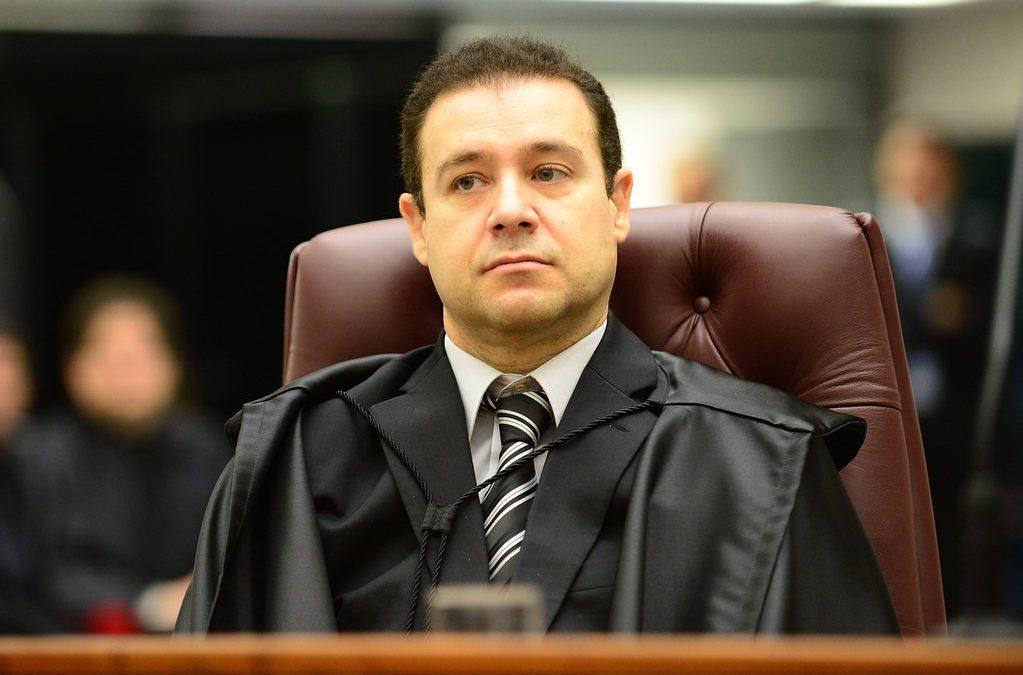 """Ministro do STJ diz que prisão preventiva como incentivo à delação """"é tortura"""""""