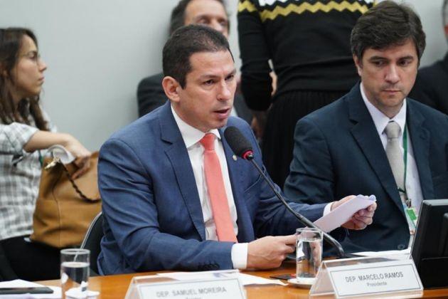Mesa da Câmara devolve Reforma Sindical (PEC 171) por insuficiência de assinaturas