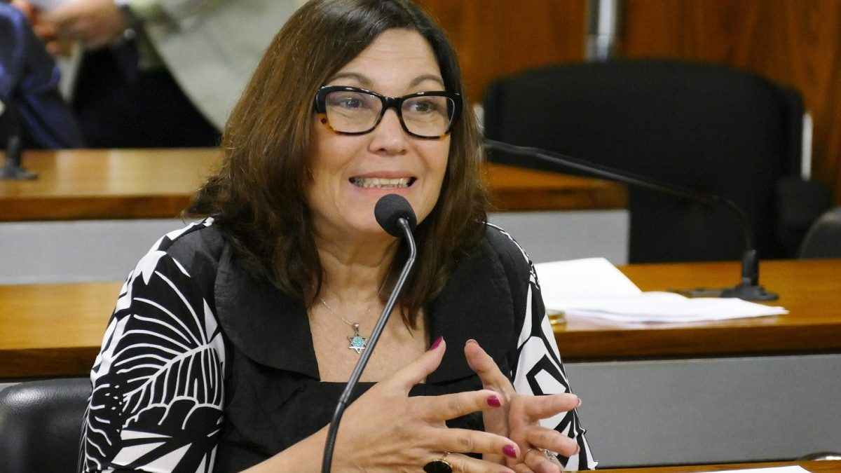 Proposta do PSL quer dar a Bolsonaro a chance de indicar quatro ministros para o STF