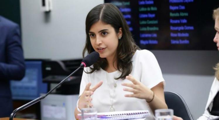 Tabata Amaral vê hipocrisia em ataques da esquerda contra ela
