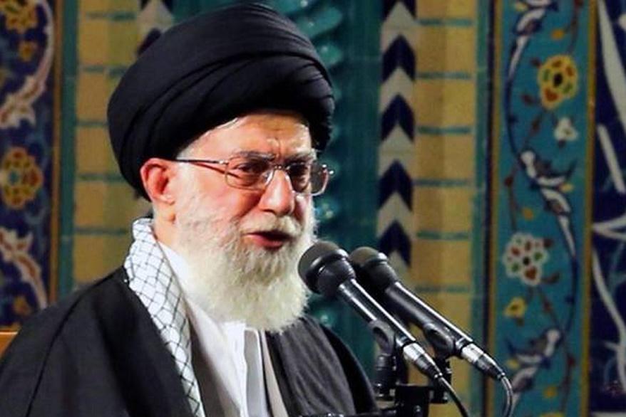 Líder supremo do Irã descarta diálogo com o governo americano