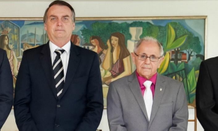Chega a seis o número de generais que já desfalcaram a ala militar do governo de Bolsonaro