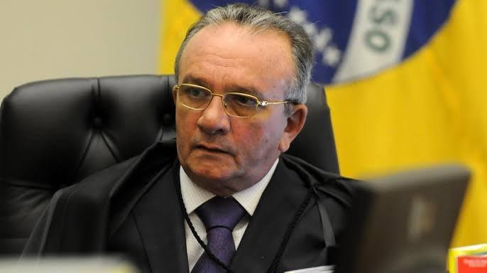 Ex-presidente do STJ diz que Palocci é 'delinquente' e anuncia processos