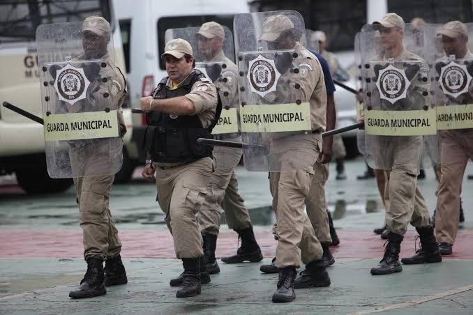 Votação do projeto que permite armamento da Guarda do Rio é adiada