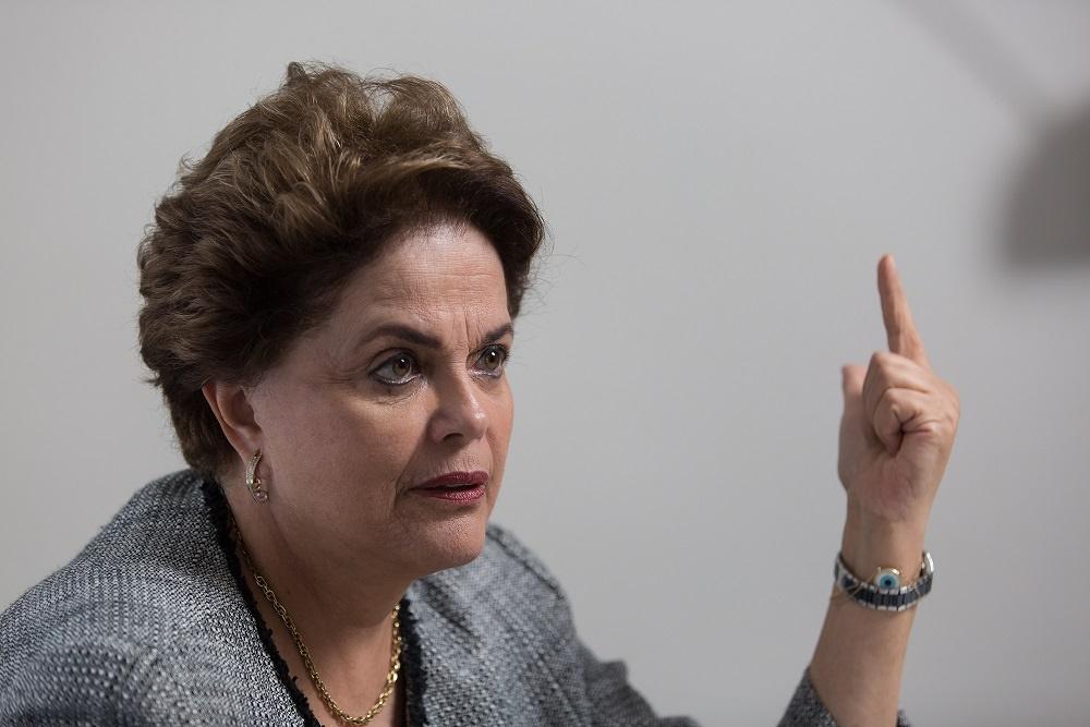 """Dilma mantém batalha no STF por anulação do impeachment e resgate da """"verdade aos olhos das gerações futuras"""""""