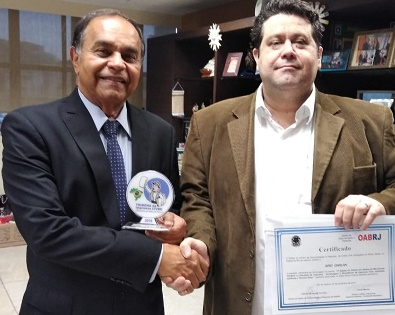 SIRO DARLAN recebe Prêmio em Defesa do Movimento Sindical, Liberdade de Imprensa e Terceiro Setor. Parceria da OAB/RJ com o jornal Tribuna da Imprensa Livre - 3ª Edição (2019)