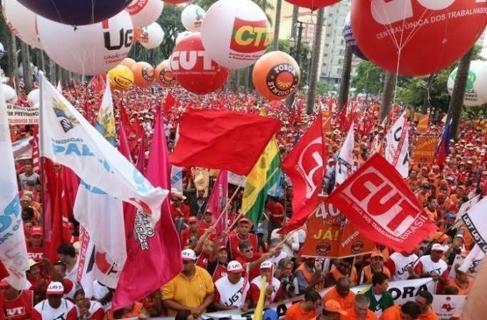 Vistas adia votação da PEC 196 da Reforma Sindical na CCJ da Câmara