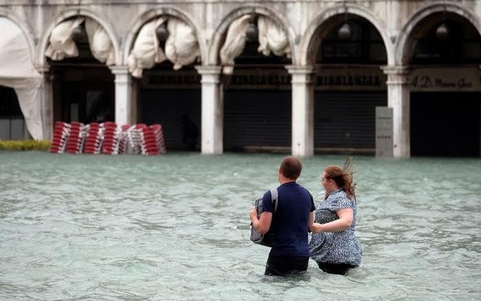 Se o nível do mar sobe e Veneza afunda, como salvar a histórica cidade?