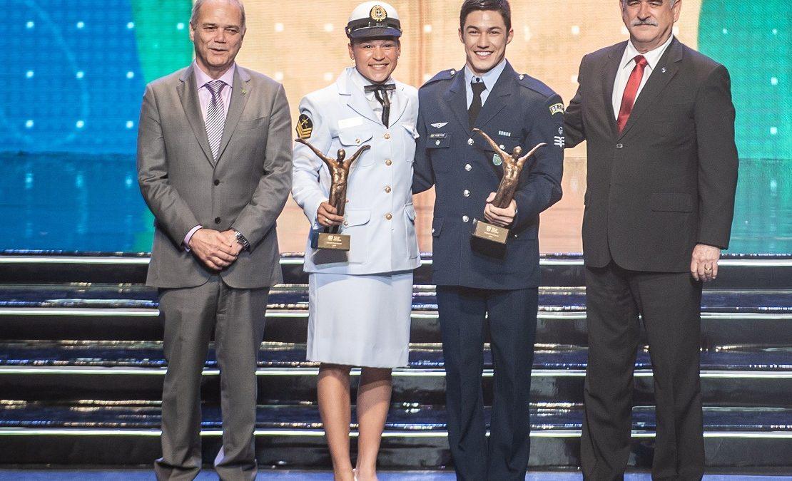 Bia Ferreira e Arthur Nory conquistam Prêmio Brasil Olímpico