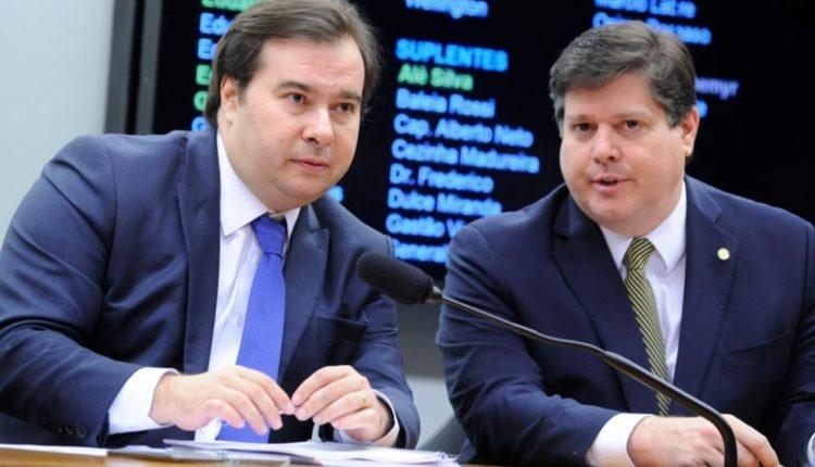 """Meta é aprovar reforma tributária no 1º semestre"", diz presidente do MDB"