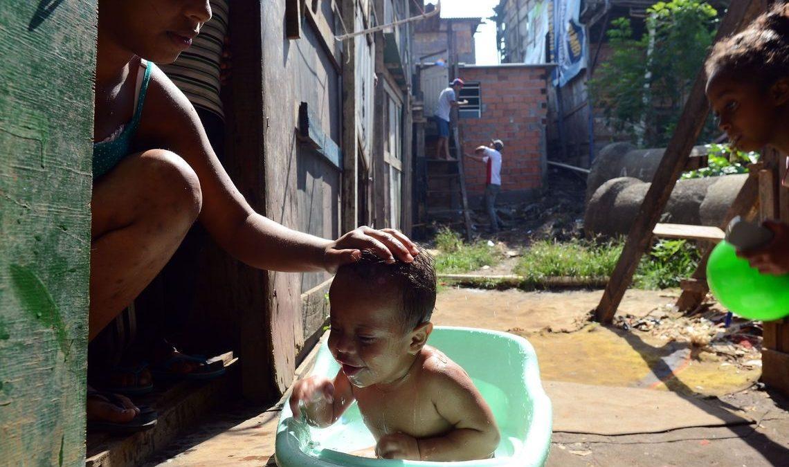 Moradores de favelas movimentam R$ 119,8 bilhões por ano