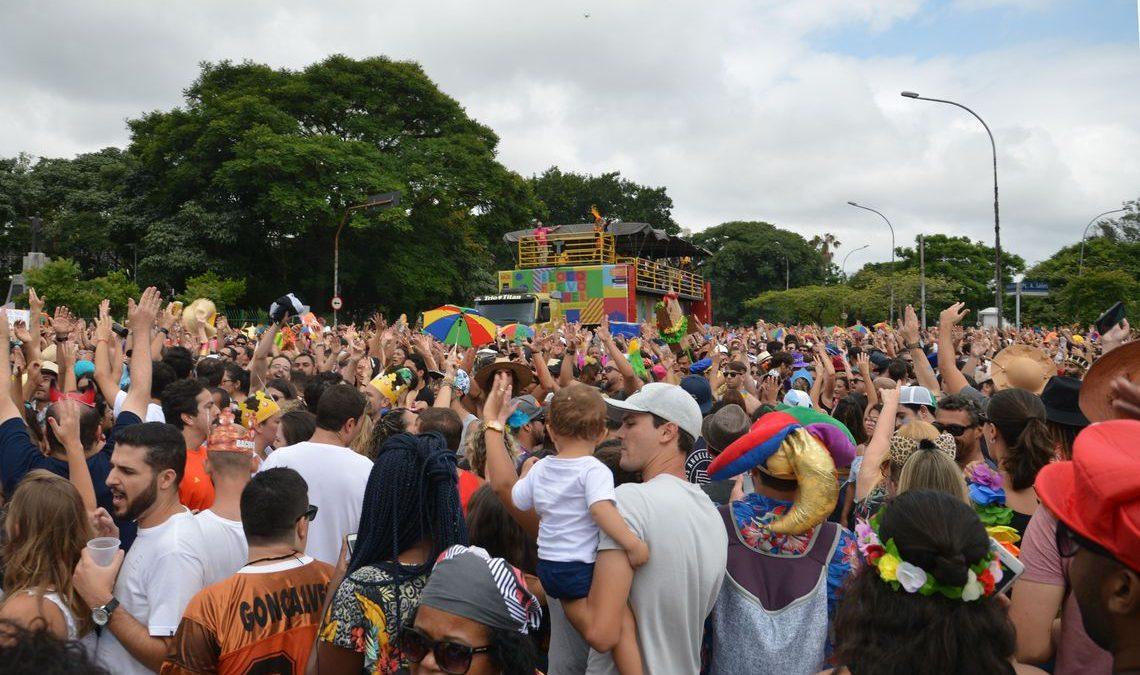 Prefeitura de SP divulga roteiro de 865 blocos e cordões de carnaval