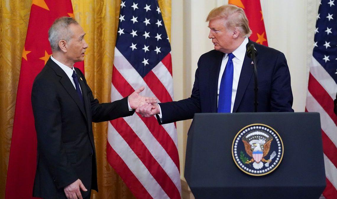 EUA e China assinam primeira fase de acordo comercial