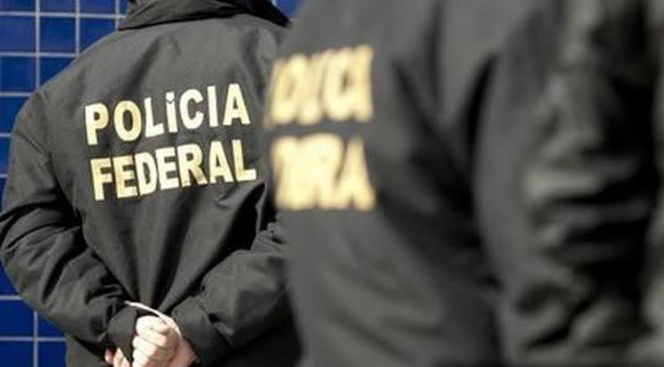 Delegados da PF vão ao STF contra portaria de Moro que amplia poder da PRF