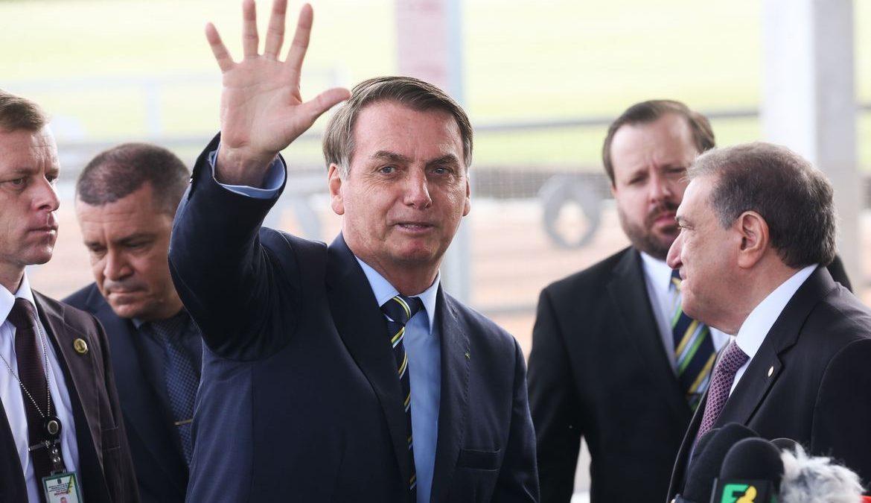 Bolsonaro descarta incluir governadores no Conselho da Amazônia