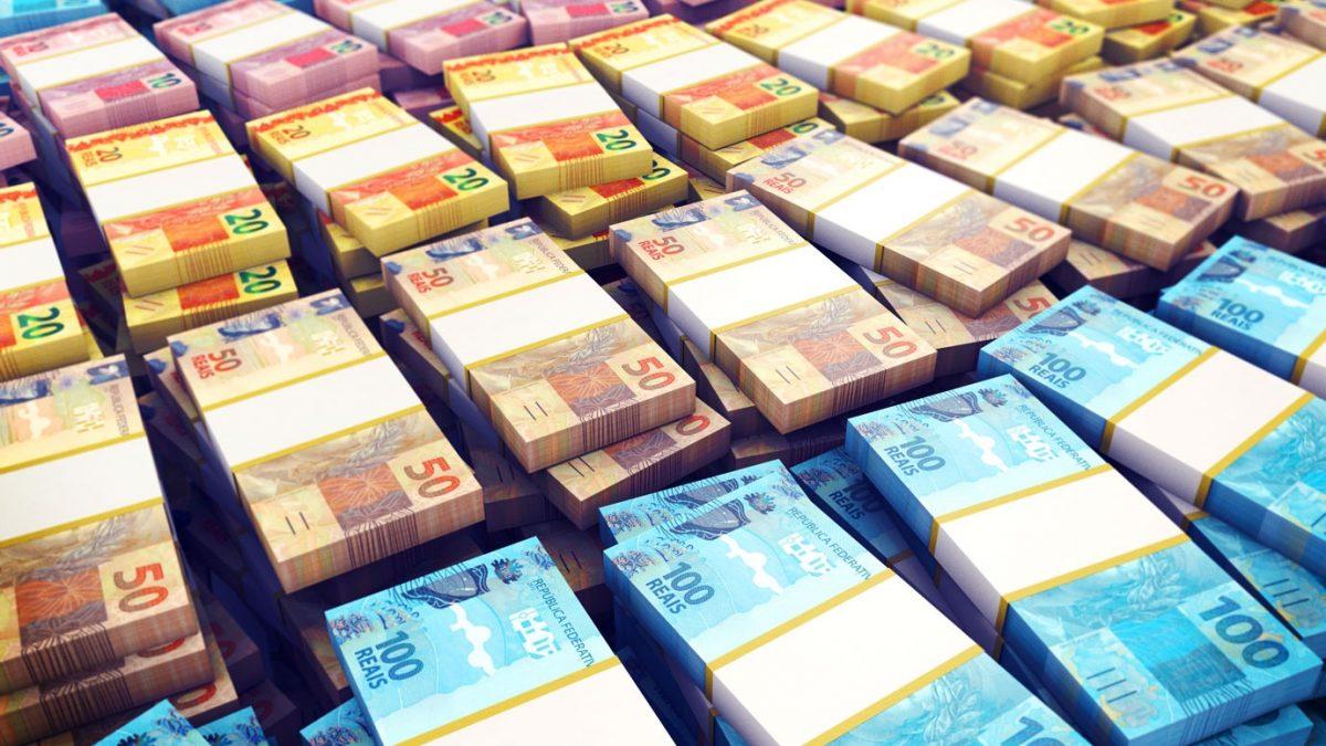Em recessão, não há limite para emissão de dinheiro na economia