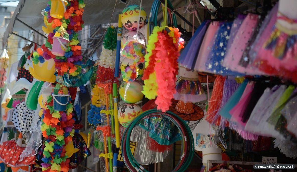 Carnaval no Rio deve movimentar R$ 2,6 bilhões neste ano