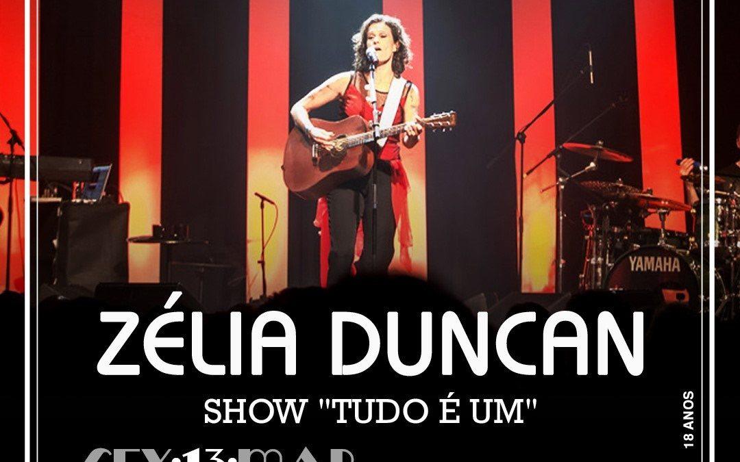 """Zélia Duncan no show """"Tudo é um"""" no Teatro Rival Refit"""