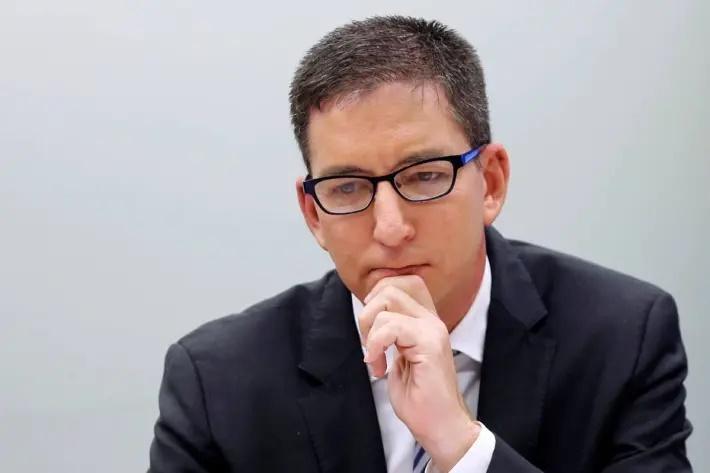 "Liminar de Gilmar Mendes faz o juiz rejeitar, ""por ora"", a denúncia contra Greenwald"