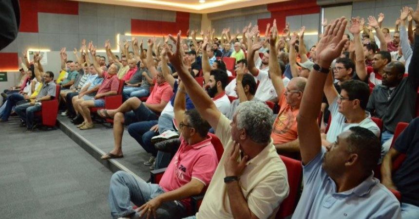 STF cassa decisão que autorizou contribuição sindical votada em assembleia