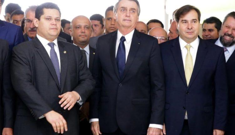 Incertezas crescem com acirramento de confronto entre Bolsonaro e Congresso