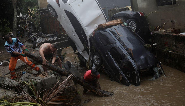 Chuvas deixam 5 mil desabrigados e desalojados no Rio de Janeiro