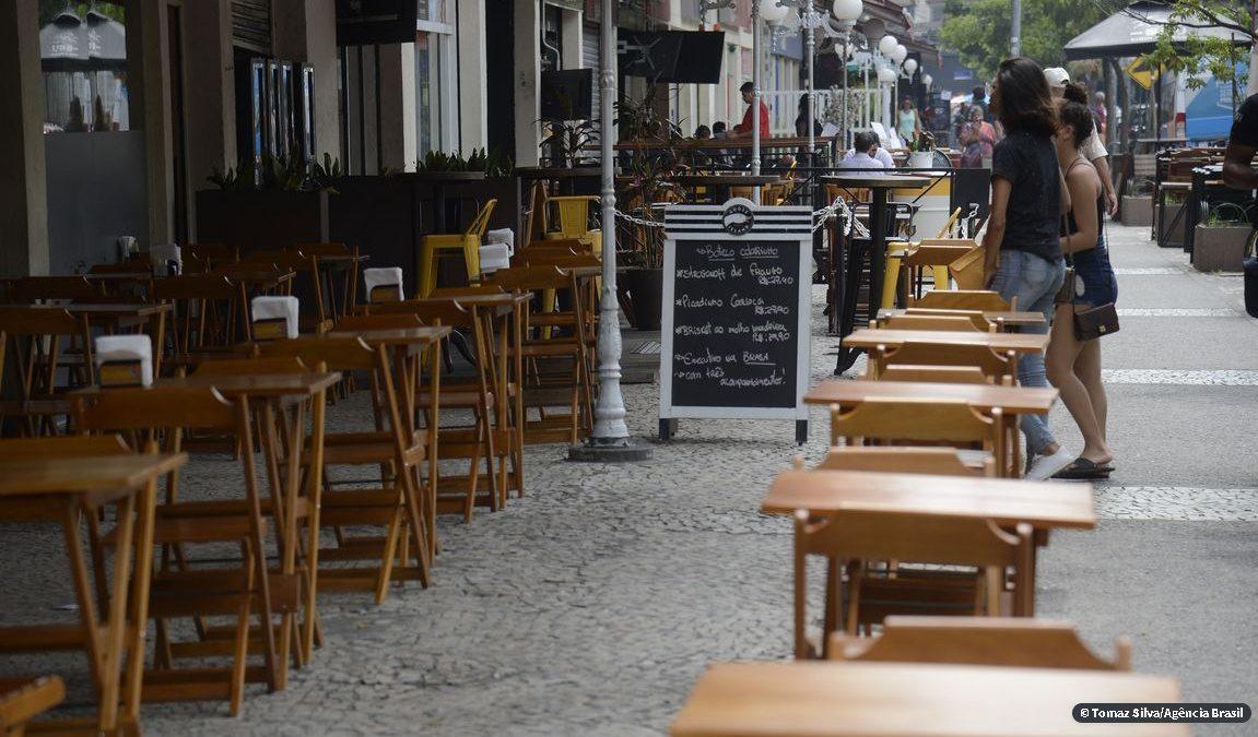 Bares e restaurantes do Rio não têm caixa para atravessar crise