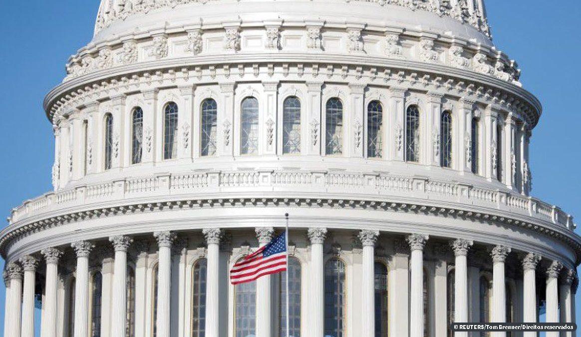 Senado dos EUA vota pacote de US$ 2 tri para combater coronavírus