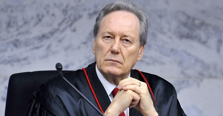 Lewandowski nega pedido de afastamento de Renan da relatoria da CPI da Covid-19