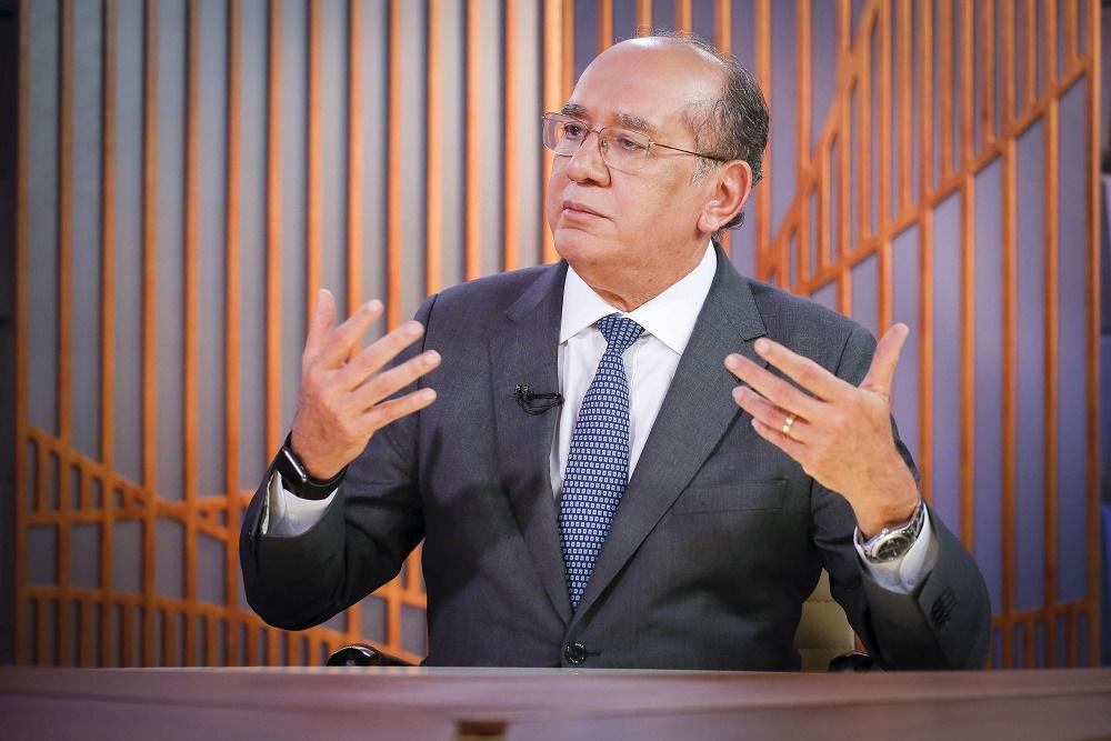 Gilmar Mendes defende decisões do Supremo e nega complô contra o Executivo