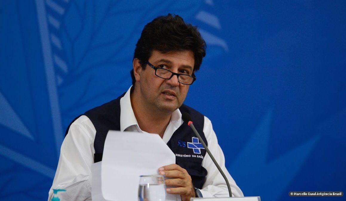 Mandetta admite saída até sexta e diz que cloroquina foi usada politicamente