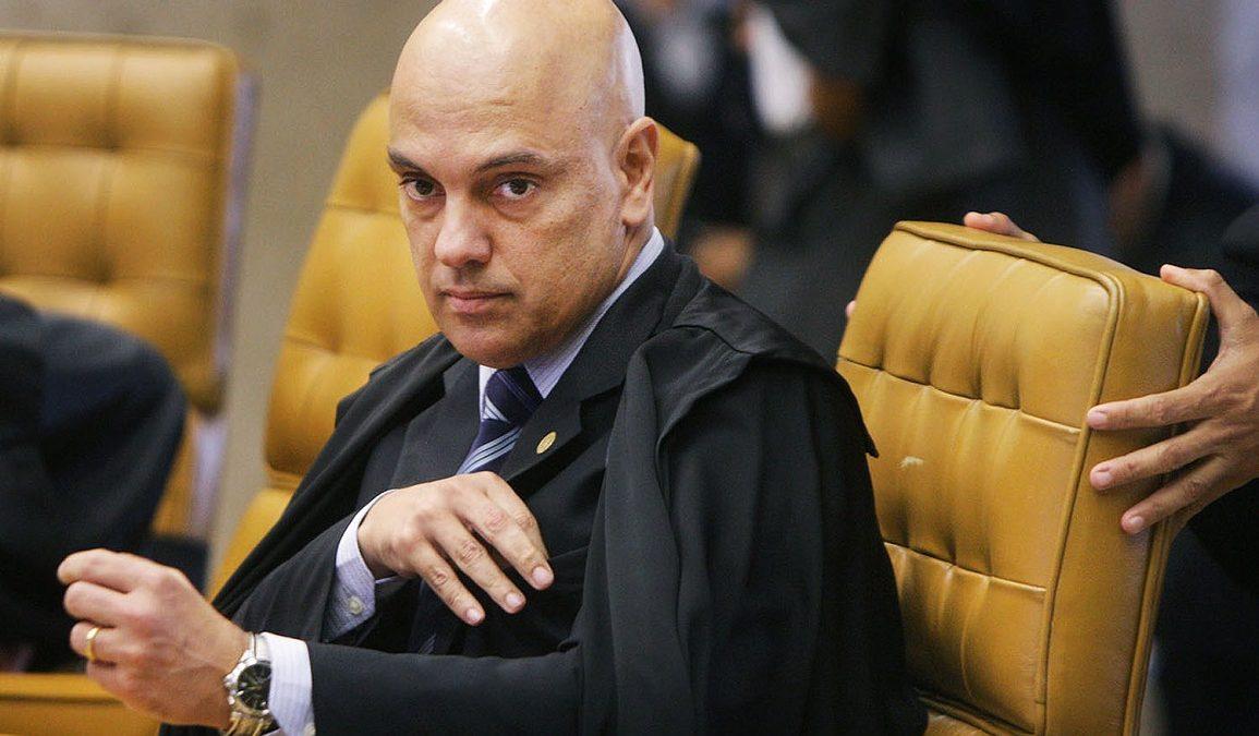 Moraes, do STF, exige que Bolsonaro informe as medidas adotadas contra coronavírus