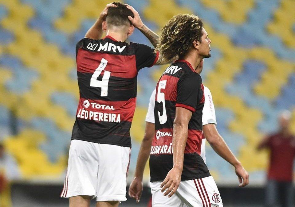 Flamengo renegocia pagamento do zagueiro Léo Pereira