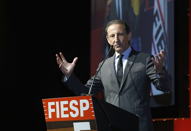 Fiesp critica feriado antecipado e diz que medida causa confusão