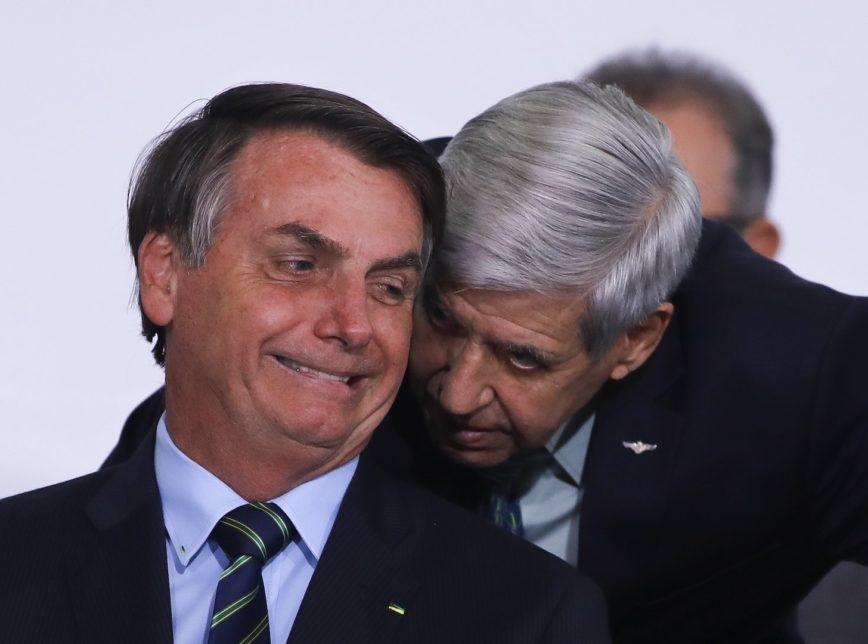 Heleno: apreender celular de Bolsonaro pode ter consequências imprevisíveis