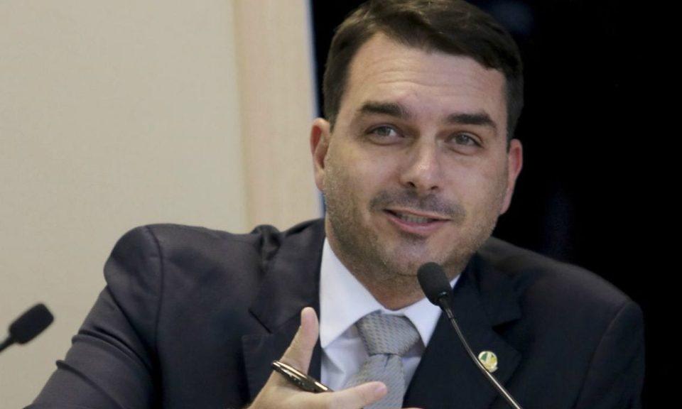 TJ-RJ diz que MP perdeu prazo para recorrer da mudança de foro de Flávio Bolsonaro