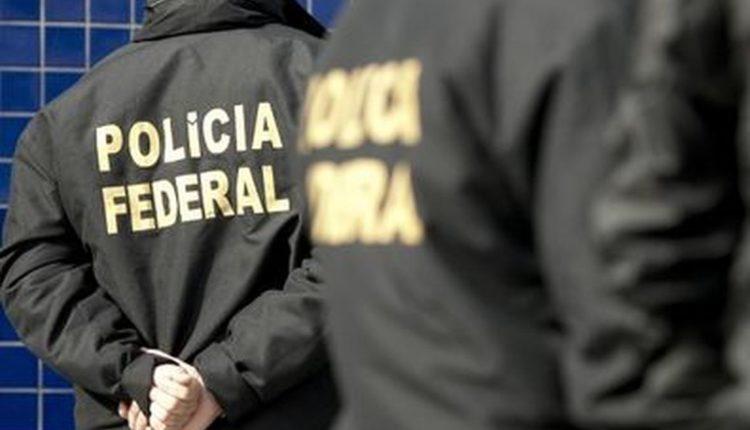 PF quer ouvir Bolsonaro sobre denúncia de Moro