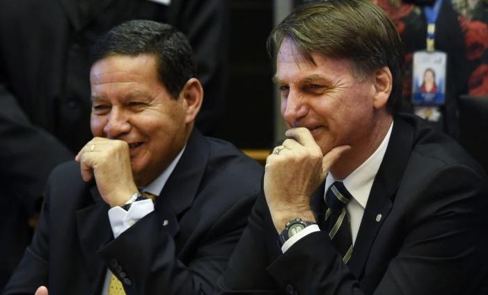 Contra os racistas Bolsonaro e Mourão