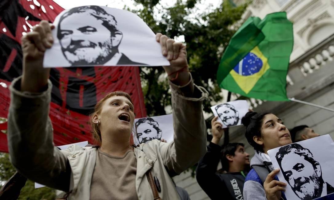 Partidos de esquerda ficam de fora de manifestações contra Bolsonaro