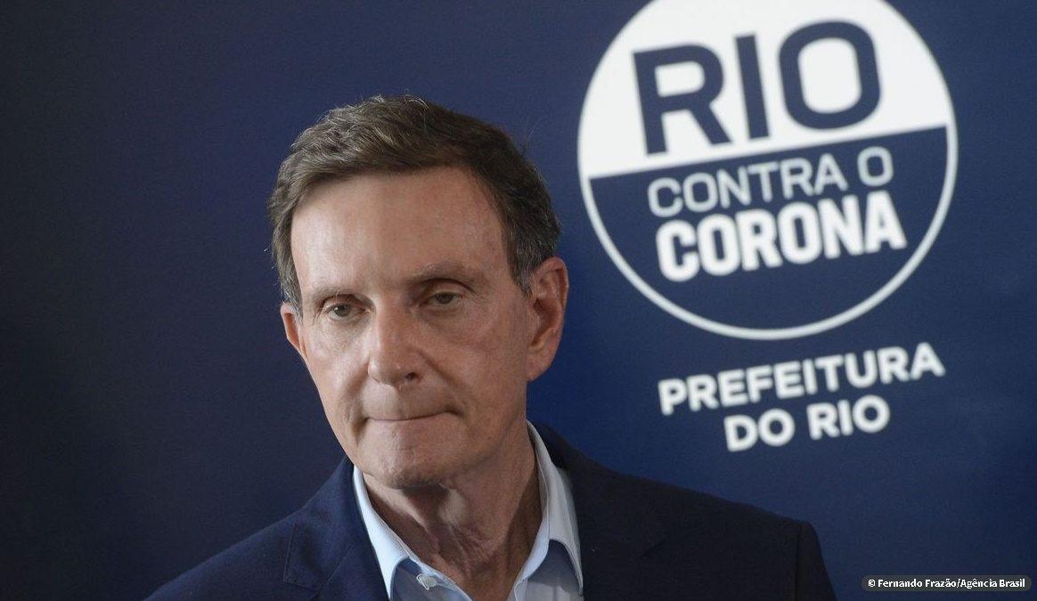 Futebol: Crivella reitera suspensão de apenas dois jogos do Carioca