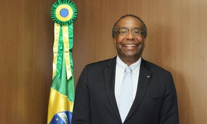 Ministro da Educação deu aval a licitação de R$ 3 bilhões com irregularidades no FNDE